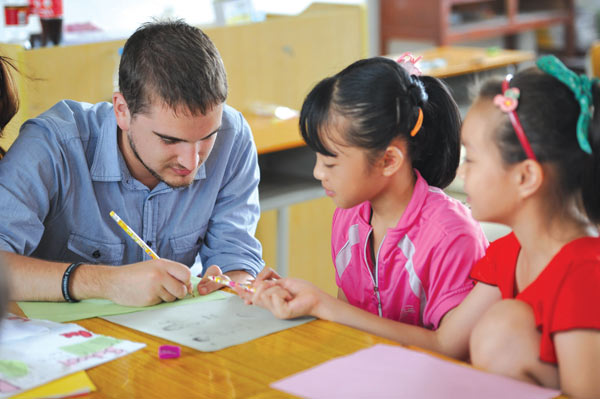 Teachers, students divided over Gaokao reform plan